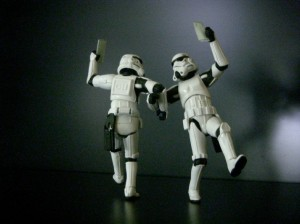 storm_trooper_small_talk-713x534